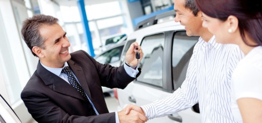 Happy-Car-Salesman-closing-deal-1024x641